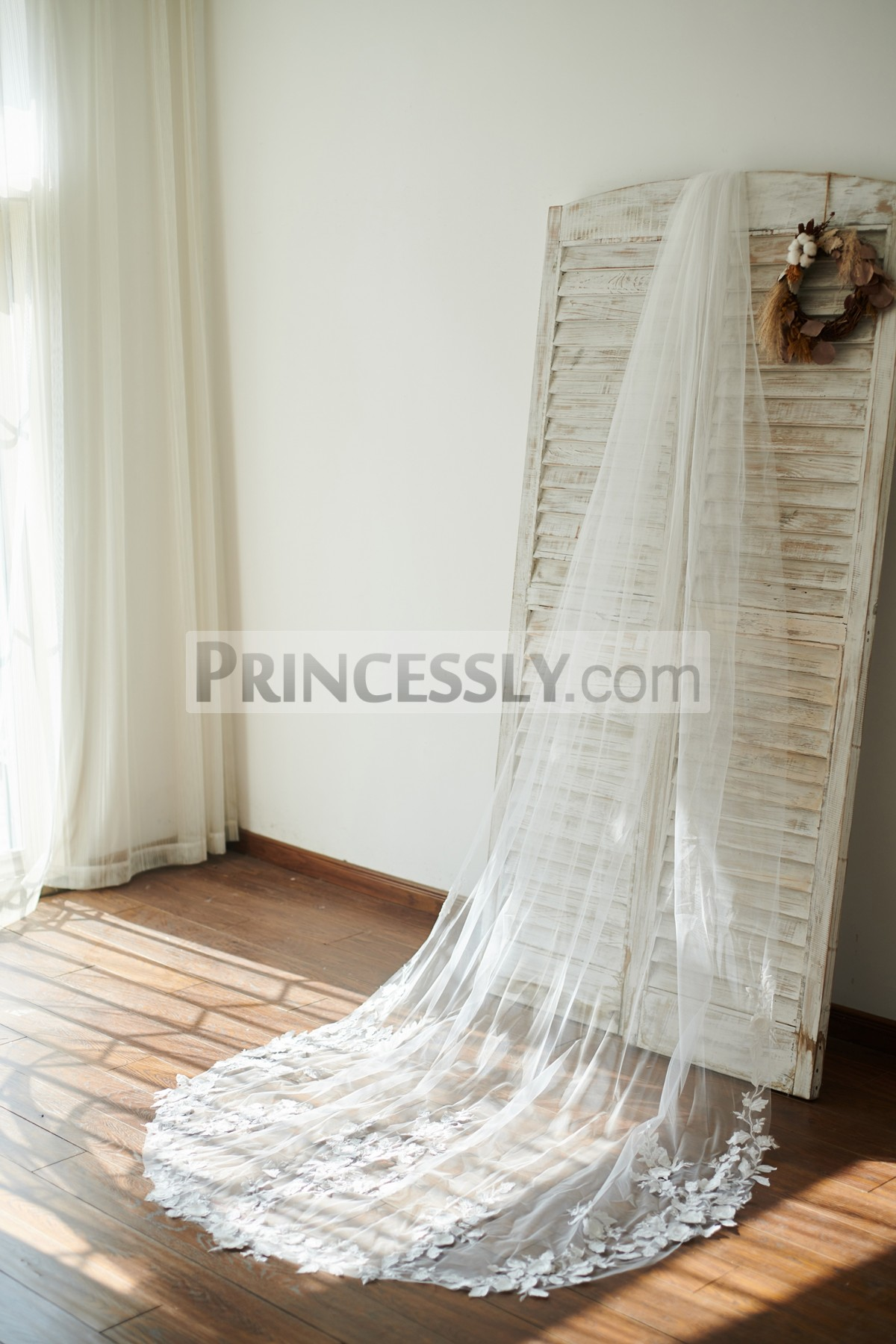 Princessly.com-K1003861-Cathedral Long Tulle 3D Flowers Wedding Veil Bridal Veil-31