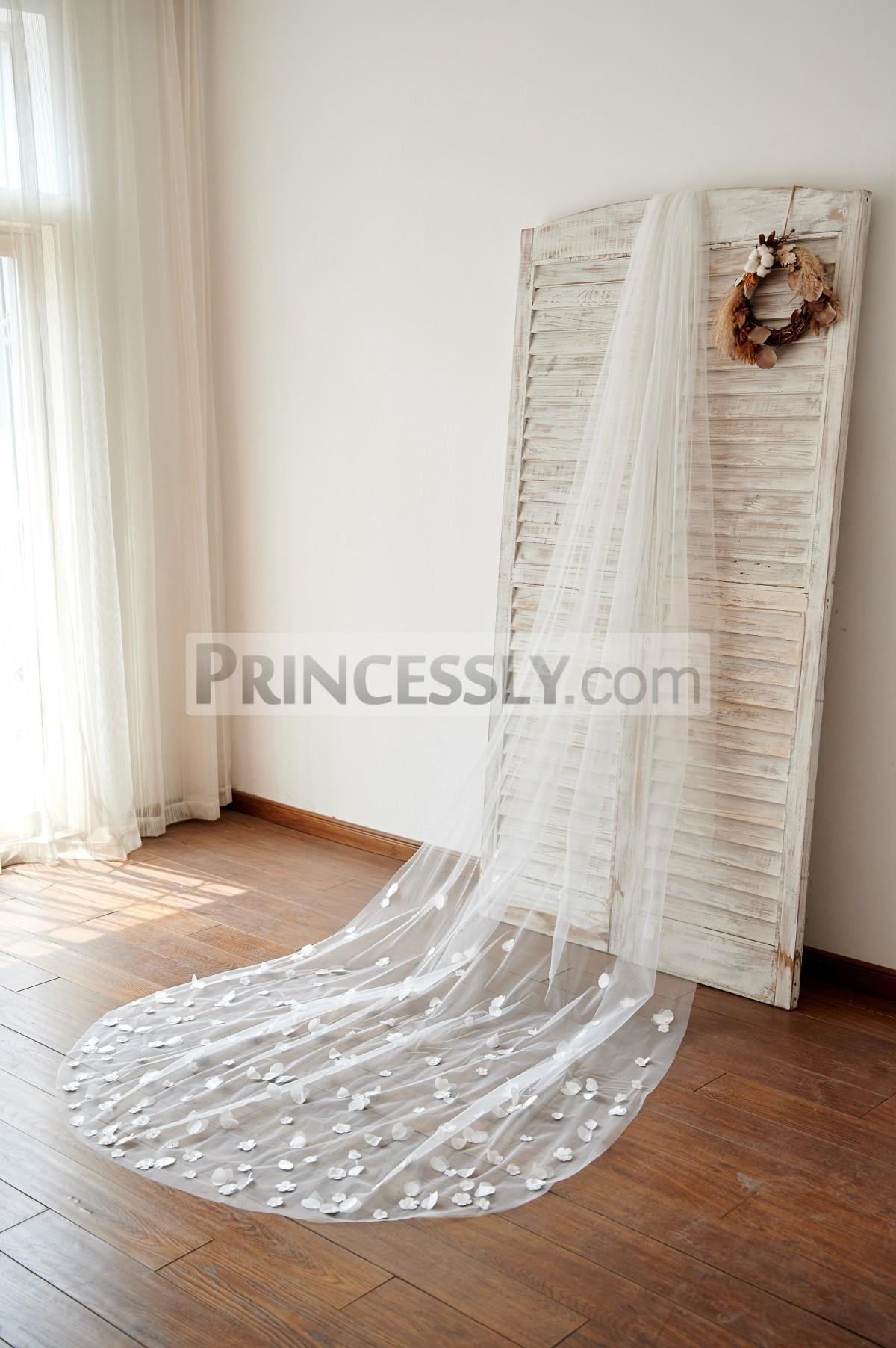 Princessly.com-K1003978-Handmade Petal Flowers Wedding Veil Cathedral Bridal Veil-31
