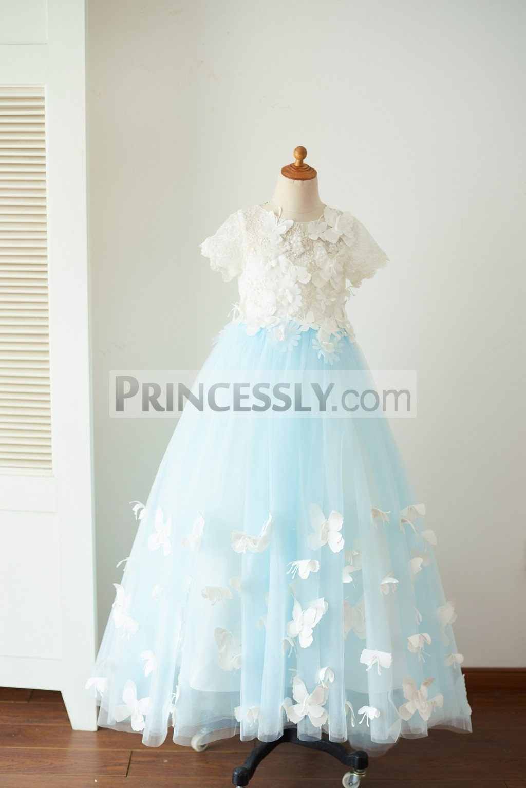 Princessly.com-K1003657-Ivory Lace Blue Tulle Short Sleeves Wedding Flower Girl Dress Full Length Party Dress with Butterfly-31