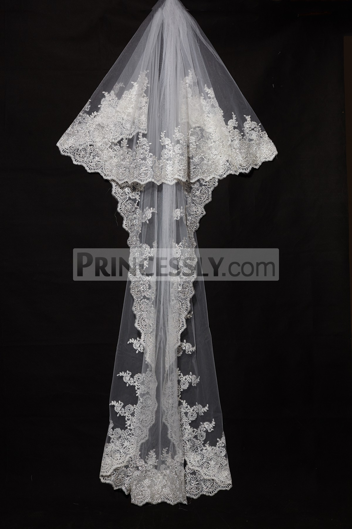 Princessly.com-K1000336-Cathedral Long Length Gold Metallic French Lace Wedding Veil-31