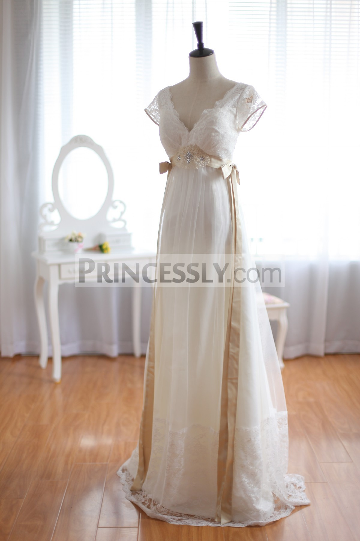 Princessly.com-K1001931-Vintage Inspired Lace Tulle Wedding Dress Deep V Back with Cap Sleeves Maternity Dress-33