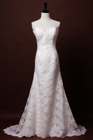A-line Strapless Sweetheart Scalloped French Corded Lace Floor Length Court Wedding Dress