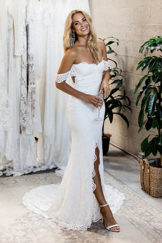 Ivory Strapless Off-shoulder Keyhole Slit Court Train Lace Wedding Dress
