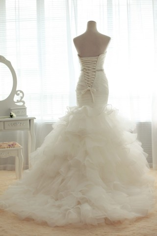 Fit-n-Flare Strapless Sweetheart Dropped Waist Multi-Tiers Organza Bridal Gown w/ Beads