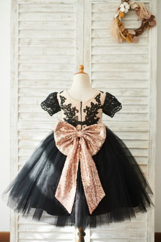 Black Lace Tulle Short Sleeves Wedding Flower Girl Dress with Sequin Bow