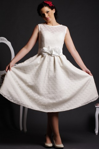 A-line Jewel Neck Flowers Belt Satin Lining Dotted Lace Tea Length Wedding Dress