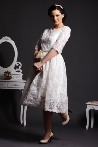 A-line Scoop Neck Half Sleeves Layered Lace Tea Length Wedding Dress w/ Satin Belt