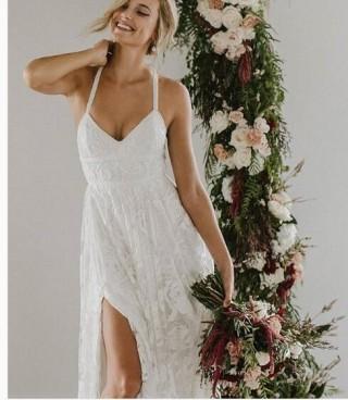 Ivory Lace Spaghetti Straps Wedding Party Dress