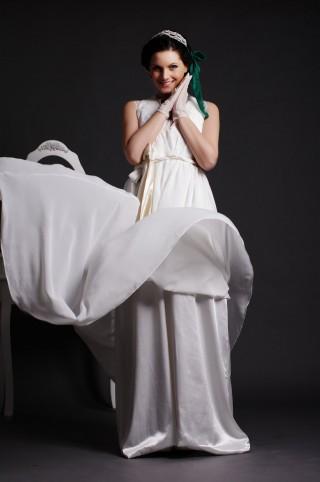 Lace V-neck Key-hole Back Draping Layered Chiffon Wedding Dress w/ Sash