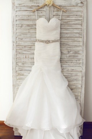 Sweetheart Neckline Organza Wedding Dress with Beaded Belt