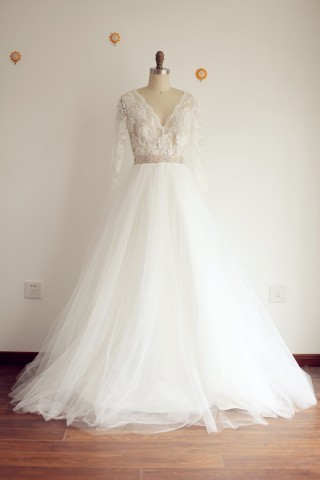 A Line V neck Long Sleeves Lace Tulle Wedding Dress with Sweep Train