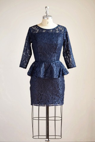 Long Sleeves Navy Blue Lace Short Bridesmaid/Mother Dress Bridal Gown