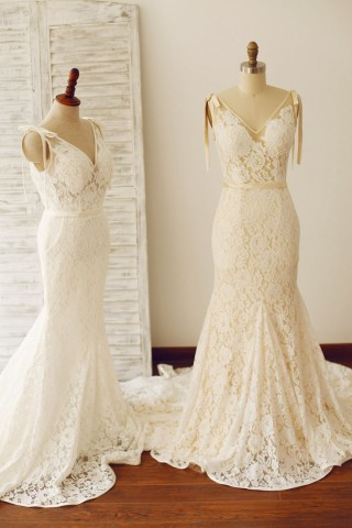 Sexy Backless Mermaid Lace Wedding Dress with Chapel Train
