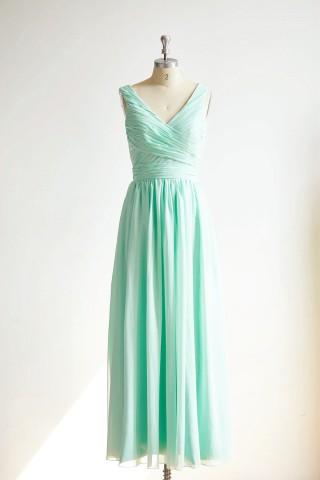 V Neck Mint Blue Chiffon Long Wedding Bridesmaid Dress