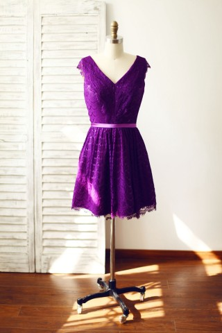V Neck Purple Lace Bridesmaid Dress Knee Length Short Dress