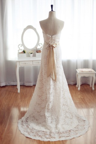Vintage Inspired French Corded Lace Wedding Dress Champagne Lining Strapless Bridal Gown