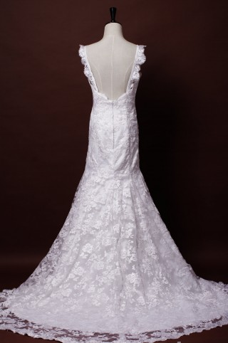 Trumpet Scalloped Straps Sweetheart Backless Flowers Patterned Lace Wedding Dress