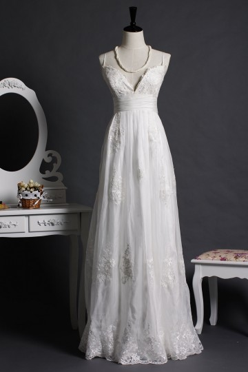 A-line Spaghetti Straps V-neck Empire Waist Lace Appliques Organza Pleated Sweep Wedding Dress