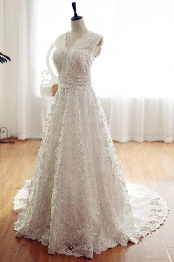 Princessly.com-K1001954-Vintage Inspired Lace Wedding Dress with Cathedral Train V Neck Bridal Gown-20