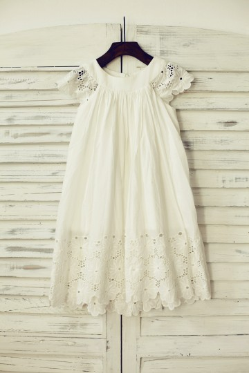 Princessly.com-K1000115-Vintage Ivory Cotton Eyelet Lace Flower Girl Dress with Cap Sleeves-20